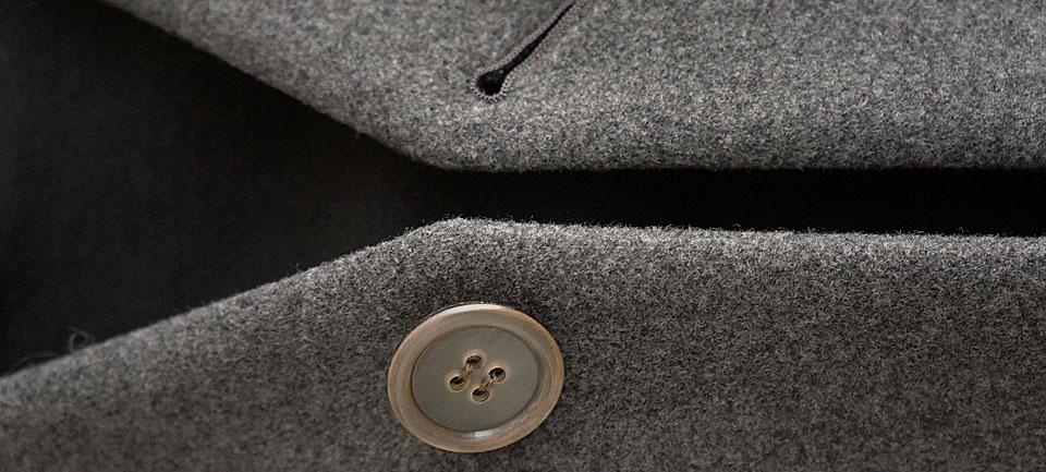 kvivit (キーヴィット) 「二重織りパイルメルトンVネックコート」